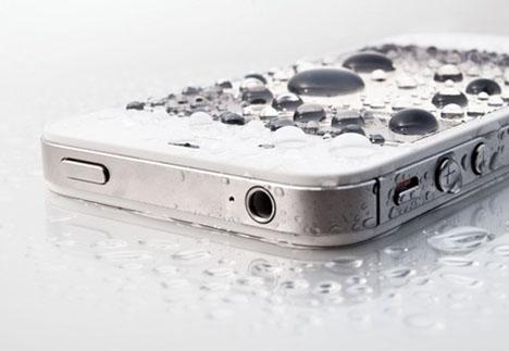 iphone oxydé tombé dans l'eau